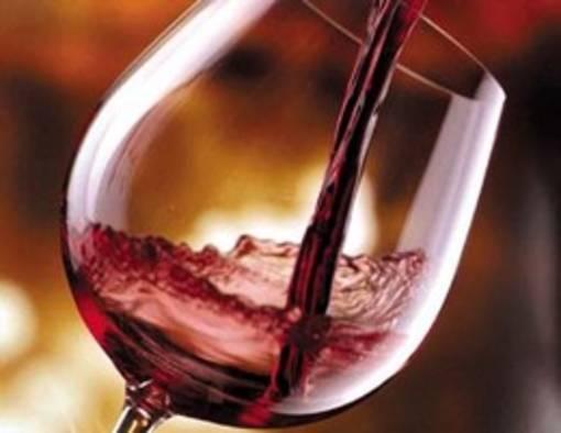 <!--enpts-->vino-rosso_19280.jpg<!--enpte-->